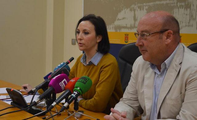 María Rodríguez acusa a la Diputación de