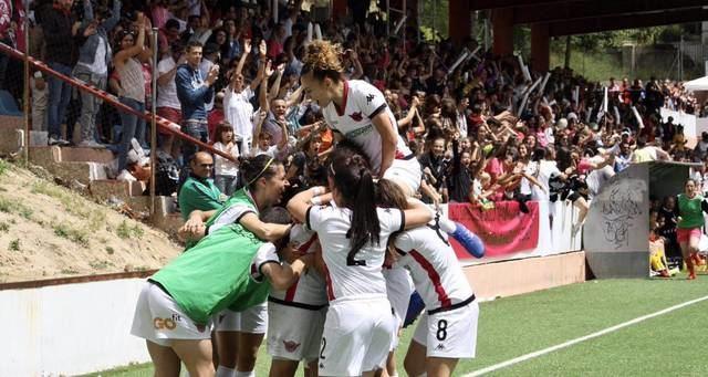 El Real Madrid se inicia en el futbol femenino con un talaverano entre sus filas