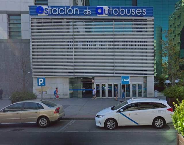 Se instalará una zona cubierta para taxis en Talavera