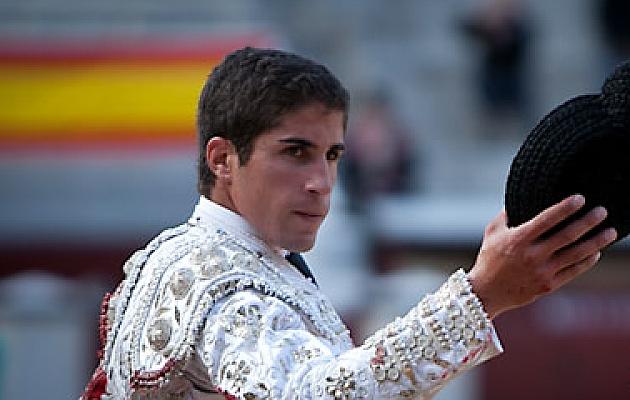 Rafael Cerro, tres orejas en el Tiemblo