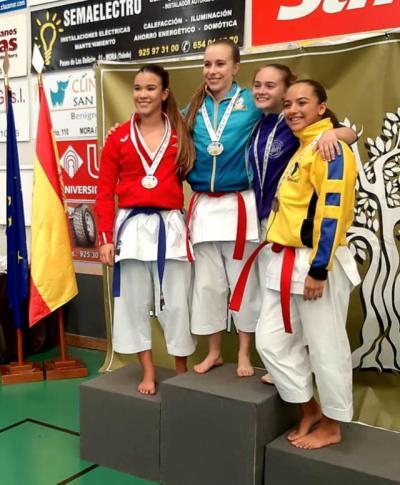 Los karatecas torrijeños logran tres oros y un bronce en el Trofeo Internacional (fotos)