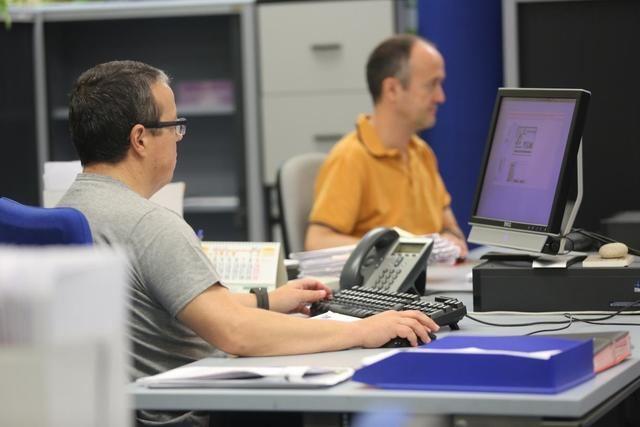 Los empleados públicos recuperan desde el 1 de enero la jornada laboral de 35 horas semanales