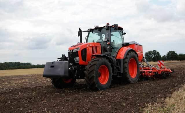 Fallece un hombre de cerca de 80 años tras el vuelco de un tractor