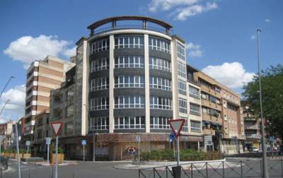 El Ayuntamiento recomienda rehabilitar el edificio Tresku