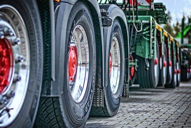 ACTUALIDAD | CLM incorporará las reivindicaciones de sector del transporte en los Pactos de la Moncloa