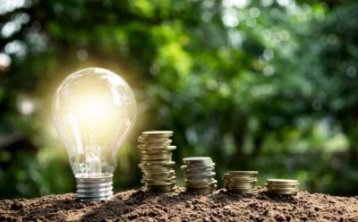 El IVA de la luz baja: ¿Cuánto podremos ahorrarnos con la factura?