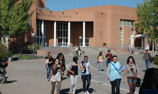 CCOO insta al rector de la UCLM a negociar e implantar de una vez el Plan de Igualdad en la Universidad