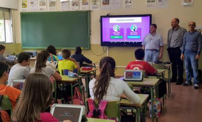 Escolares del colegio 'Pablo Iglesias' de Talavera participan en el proyecto piloto de aulas digitales