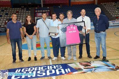 'Chispa' recibió una despedida a la altura del 'Gran Capitán' del Soliss FS Talavera
