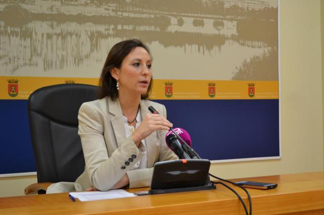 La portavoz del equipo de Gobierno del Ayuntamiento de Talavera de la Reina, María Rodríguez