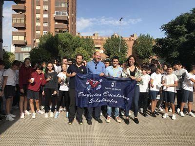 Paco Cubelos cierra la Semana Europea del Deporte en el colegio Cristóbal Colón de Talavera