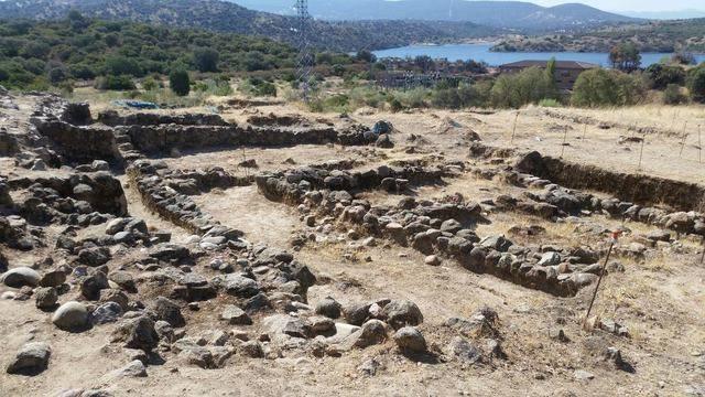 Un proyecto arqueológico de la UCLM indaga en los sistemas de fortificación de la cultura vettona en Alcolea de Tajo