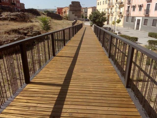 IMÁGENES | Renuevan la calle Grisetas junto a Entretorres