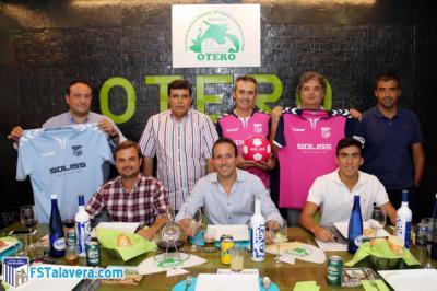 El Soliss FS Talavera renueva su convenio de colaboración con el Grupo 'Cárnicas Otero'