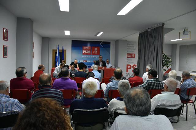 Un momento de la asmblea local del PSOE de Talavera de la Reina