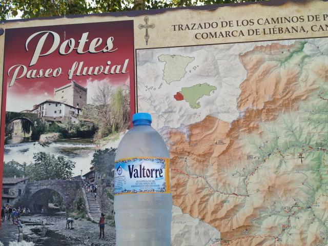 LO NUESTRO   Subir a los Picos de Europa bebiendo Valtorre