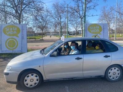 #SÍALAVIDA | Unos 300 vehículos participan en las manifestaciones de Toledo y Talavera