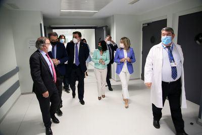 TOLEDO   La alcaldesa visita el Centro de Vacunación frente al Covid-19 en el nuevo Hospital Universitario