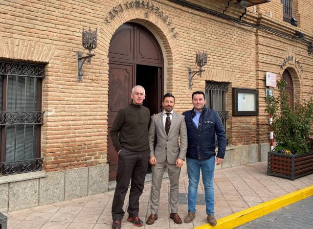 Visita a los Navalmorales del delegado provincial de Fomento.