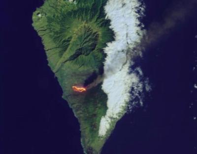 La erupción del volcán de La Palma, fotografiada desde el espacio