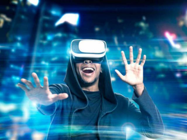 Vive experiencias únicas de realidad virtual en Los Alfares