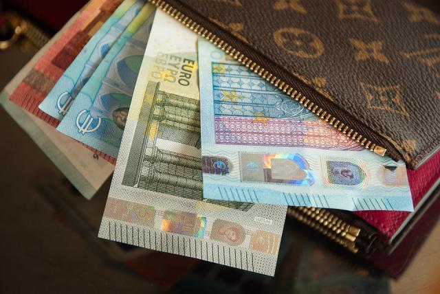 IMV | El Gobierno dará hasta 1.015 euros por familia