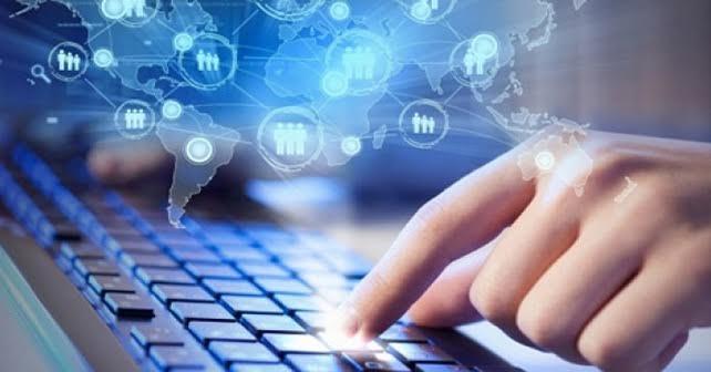 Europeos retoman el control de sus datos personales en internet — Facebook